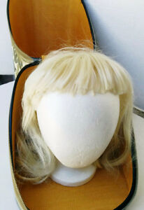 Wig Carrier from the 70's  (PIERREFONDS) West Island Greater Montréal image 3