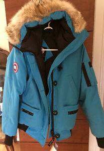 Blue Canada Goose, Size Medium, Price Negotiable West Island Greater Montréal image 1