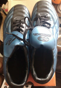 "Brooke Shoes ""ALL TURF"" Golf/Soccer/baseball etc size 9.5"