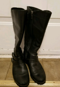 Black Winter boots from naturalizer