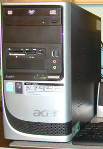 Acer Aspire desktop with Windows XP