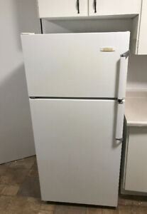 Extreme clean Refrigerator only 280$