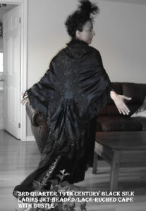 COLLECTIBLE BLACK SILK VINTAGE CAPE(1870-1880 ERA)