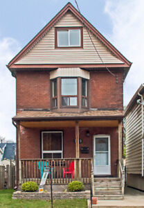 Fantastic family home in Crown Point West Neighbourhood for Sale