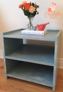 Country Chic End Table/Shelf