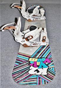 K2 Snowboard with adjustable bindings.