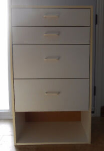SINGLE WHITE CHEST OF DRAWERS