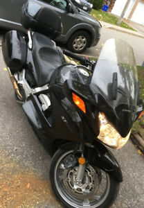 Honda ST 1300 - 2006  Got to go asap!