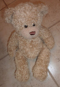 8 Built-A-Bear pets (3 bears, 3 dogs) $ 5 each or all for $ 30! Kitchener / Waterloo Kitchener Area image 4