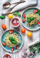 Food & Product Photographer