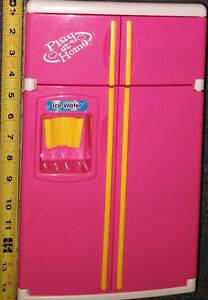 Barbie Pink Sounds Fridge with Ice Maker Batteries Included