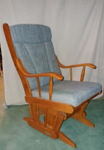 Chaise Bercante / glide rocking chair