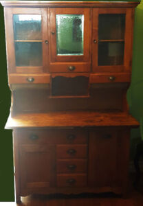 HOOSIER CABINET HANDMADE IN QUEBEC MAPLE ALL ORIGINAL VERY EARLY