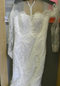 Robe de mariée / Avons aussi ...