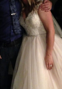 Wedding Gown- mint condition