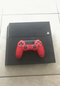 PS4 Console With 1 Controller