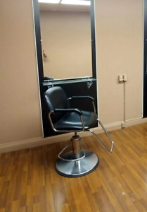 Hairstylist salon chairs for sale