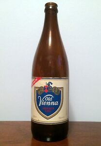 OLD VIENNA BEER BOTTLE ~ VINTAGE ~ 625 ml ~ 10 1/2 INCHES TALL