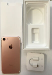 IPhone 7 128 GB Rose Gold CAD 570 or Best Offer