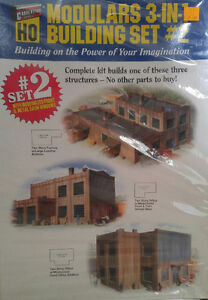 Walthers Cornerstone Modular 3 in 1 Building Set 2