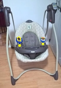 Graco Baby Swing - Battery Operated