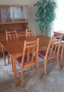 Maple Dining Room Table, Chairs, Buffet, and Hutch