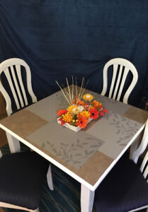 Couture Kitchen Table and Chairs