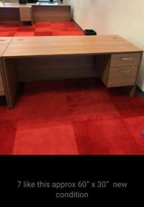 20 Office desks..make me an offer an take it all