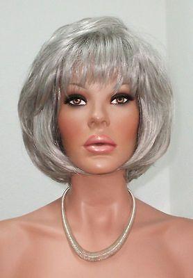 Schöne Perücke (Unwiderstehlich schöne Perücke - moderne halbe Länge in einem hübschen grau)