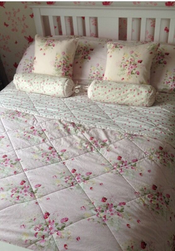 Girls complete bedding set xtras curtains duvet cushions pink floral