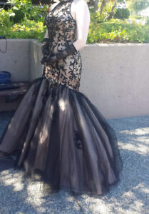 Barely adjusted prom/evening dress, worn once!