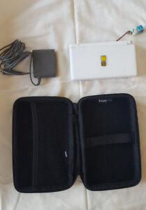 White Nintendo DS Lite w Case + Games (Seperate)