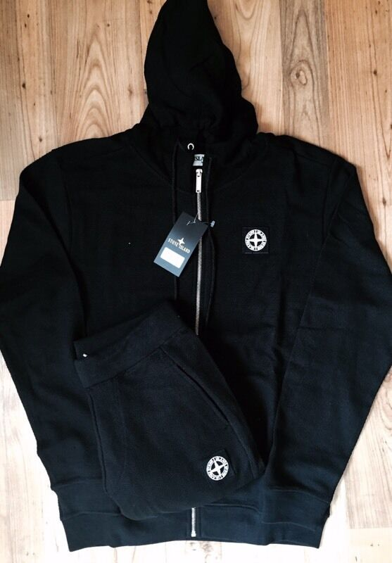Stone Island tracksuit black LARGE in Liverpool City  : 86 from www.gumtree.com size 557 x 800 jpeg 48kB