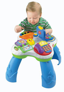 MINT - Fisher-Price Laugh & Learn Fun with Friends Musical Table