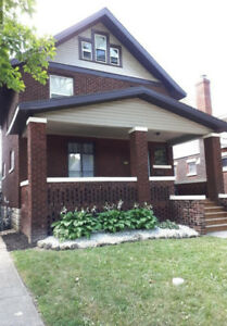 High Quality Renovation, Quite Neighbourhood, Great Location UfW