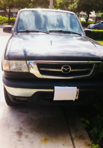 2001 Mazda Pick up  Sale As Is !!!  B400 4x4 -Manul Trans! 170km