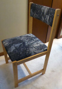 Chair, Danish style attractive fabric and wood LIKE NEW $15