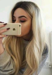 """Ash blonde 20"""" Hair wefts with drop root look"""
