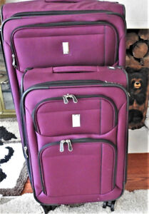 2 Piece Luggage Set.  New Condition!