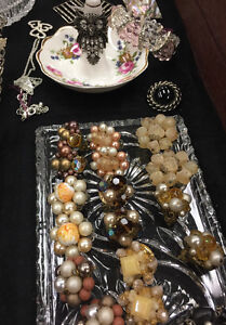 VINTAGE ANTIQUES & COLLECTIBLES MISSISSAUGA HOME DECOR GIFTS
