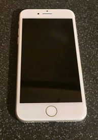 Iphone 7 in white, Unlocked to all networks.