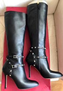 Barely worn rockstud valentino boots **