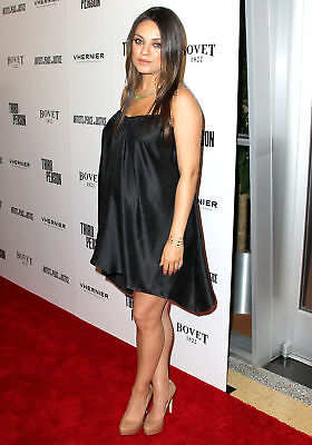 Mila Kunis Beautiful Pregnant 8X10 Picture Celebrity Print