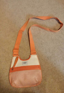 UGG Small Crossbody Pouch