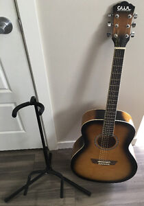 Acoustic guitar barely used - GWL