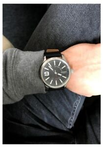 MENS REAL DIESEL WATCH COME IN ORIGINAL CASE BOX AND BAG