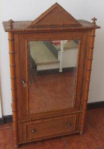 Antico Mobile In Legno Armadio Da Bambola Giocattolo D