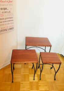 ***LOT DE 3 TABLES BASSES/D'APPUIT/ DE CHEVET EN BOIS ***