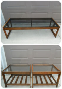 Mid Century Modern Coffee Table / 2 Matching End Tables