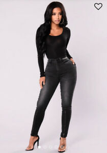 Fashion Nova Jeans Size 0